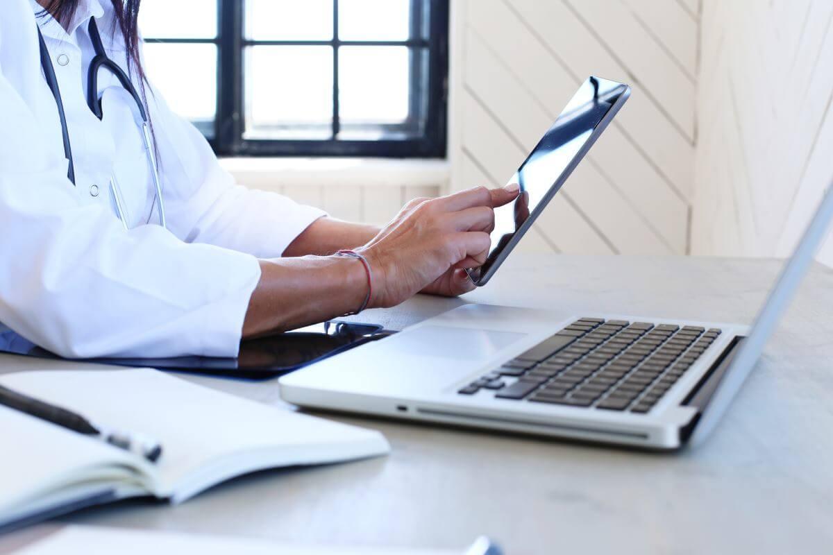 Pozycjonowanie stron internetowych gabinetów medycznych – czy warto?